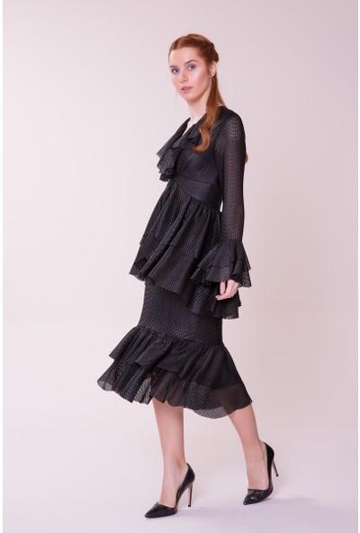 GIZIA Fırfır Detaylı Siyah Midi Elbise