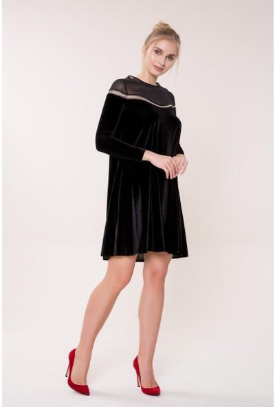 GIZIA Sıra Taş Detaylı Siyah Elbise