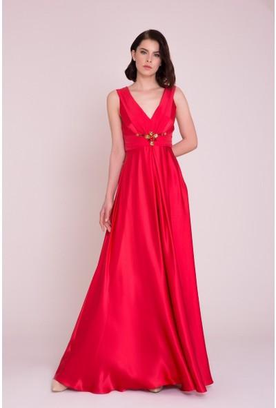 GIZIA Taş Detaylı Kolsuz Kırmızı Uzun Elbise