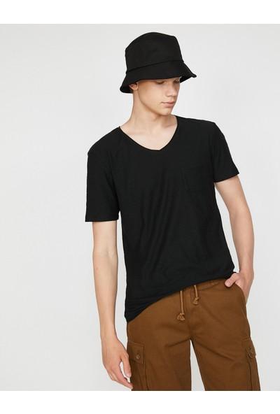 Koton Erkek V Yaka T-Shirt