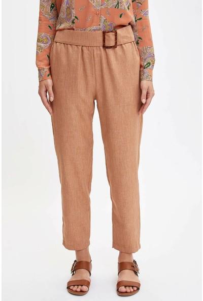 Defacto Kadın Kendinden Kemerli Relax Fit Pantolon