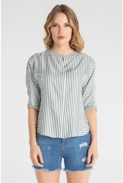 Pera Club 10W9S19196 Kadın Dantel Özellikli Bluz