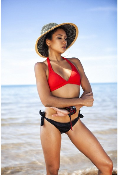 ZiButik Kırmızı Kalın Üçgen Bikini Üstü