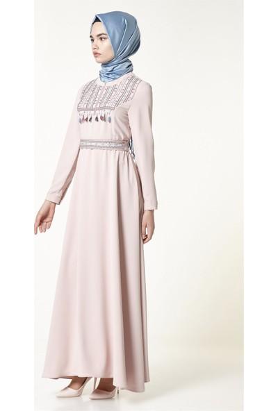Nihan Nakışlı Kemerli Elbise-Pudra J2297