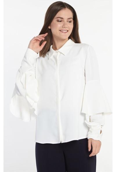 Nihan Kolları Volanlı Gömlek-Ekru X1150