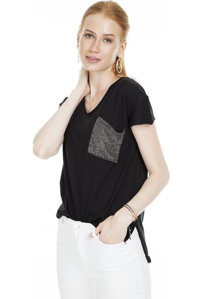 Lela Tek Cepli V Yaka Kadın T-Shirt 513915