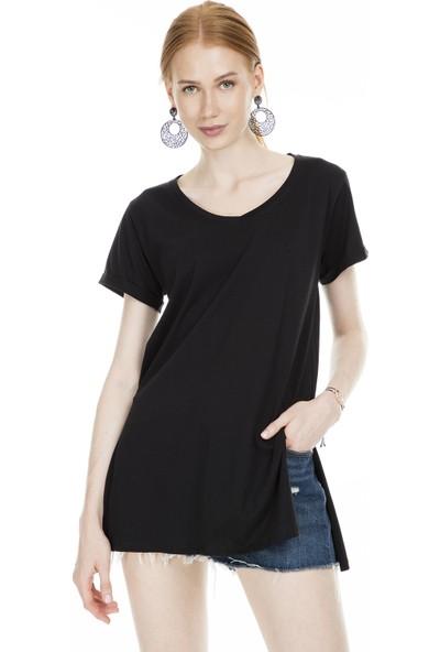 Lela Yırtmaçlı Kadın T-Shirt 5202001