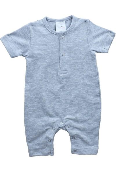 Uygun Bebe Bulut Desenli Kısa Kollu Şort Bebek Tulum
