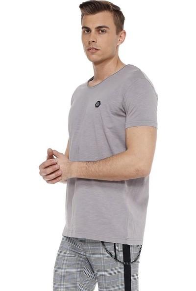 Cipo&Baxx CT522 Geniş Yaka Rahat Kalıp Siyah Basic Erkek T-Shirt