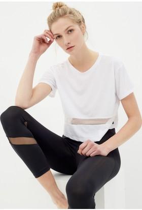 Koton Kadın Laser Cut T-Shirt Beyaz