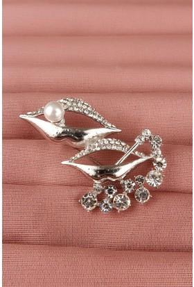 Hediyeliksepeti Gümüş Parlak Taşlı Dudak Tasarımlı Bayan Broş Brs112