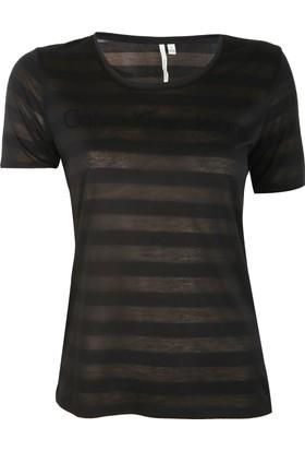 Calvin Klein 42Fk280-010 T-Shirt