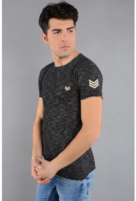 Rodin Hills Siyah Erkek T-Shirt O. Yaka Çavuş Armalı