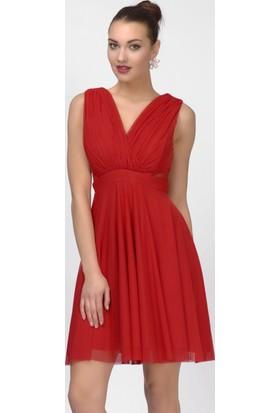 İroni Çapraz Askılı Dekolteli Kırmızı Kısa Abiye Elbise