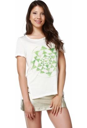 Mumu Beyaz Geniş Bisiklet Yaka Kadın T-Shirt