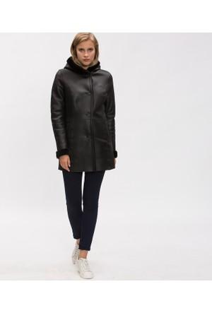 Lacoste Kadın Mont Siyah BF16301