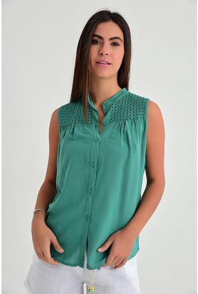 Pua Fashion Kadın İtalyan Yeşil Omuzu Güpürlü Kolsuz Bluz