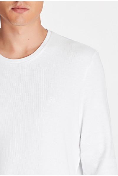 Uzun Kollu Beyaz Tişört 065755-620