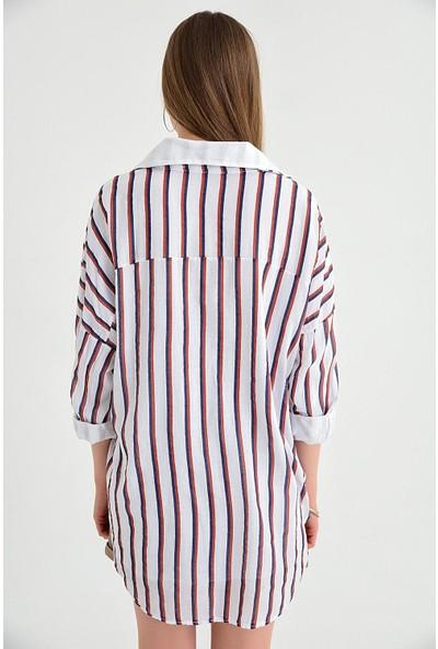 Pua Fashion İtalyan Beyaz Ikili Çizgili Çift Cep Kadın Gömlek