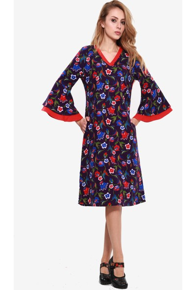Çiçekli Divitin Pazenden Önden Kol Detaylı Kışlık Elbise