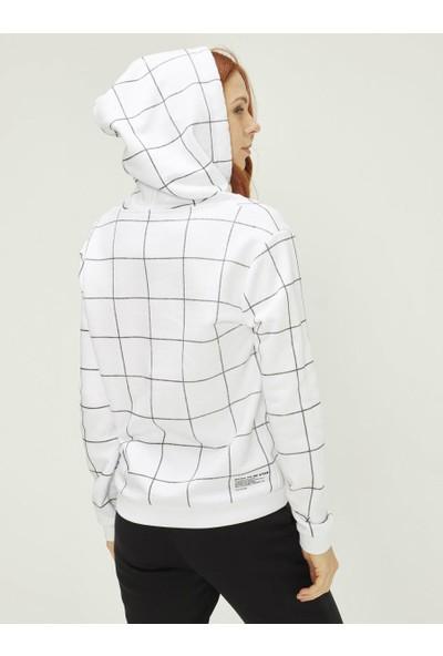 Xint Kadın Kapüşonlu Baskılı Sweatshirt