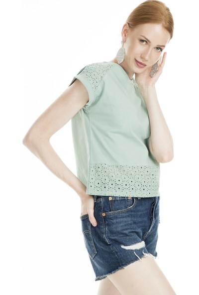 Lela Güpürlü Bisiklet Yaka Kadın T-Shirt 5302838