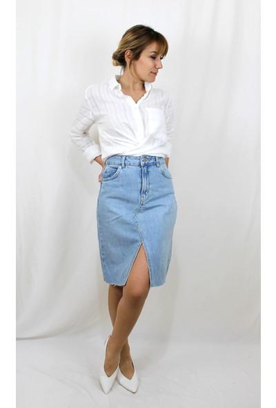 Bukika Kadın Kendinden Çizgili Beyaz Pamuklu Gömlek