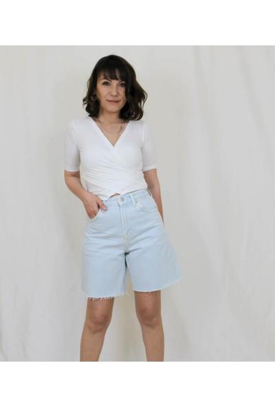 Bukika Kadın Beyaz V Yaka Mini Örme Bluz Xyt5411