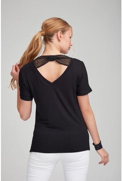 Optique Kadın Sırtı Tüllü Çizgili V Yaka Kısa Kol Bluz