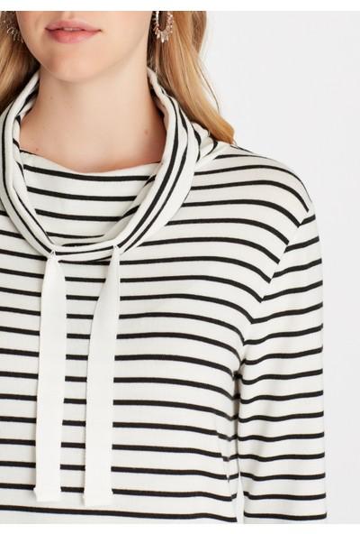 Çizgili Beyaz Sweatshirt 167975-900