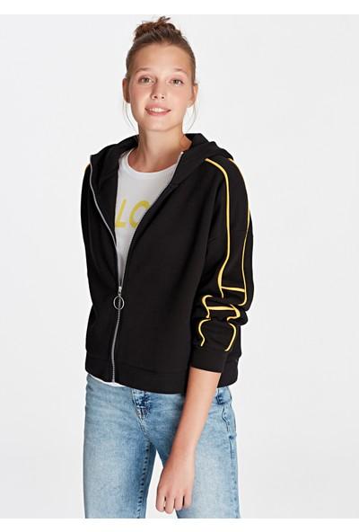 Sarı Şeritli Siyah Sweatshirt 168189-900