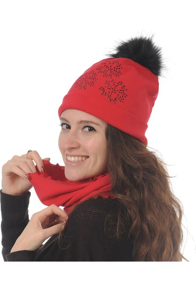 Butikgiz Kırmızı Renkli Taş İşlemeli Ponpon Aksesuarlı Bere Ve Boyunluk