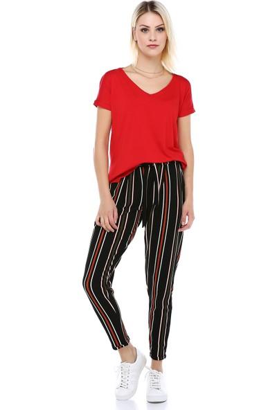 Manche Kırmızı V Yaka Yandan Yırtmaçlı T-Shirt   MK19S264570