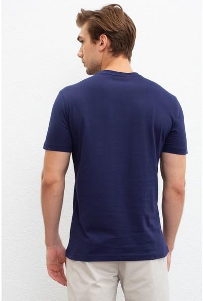 U.S. Polo Assn. Erkek T-Shirt 50220969-VR033