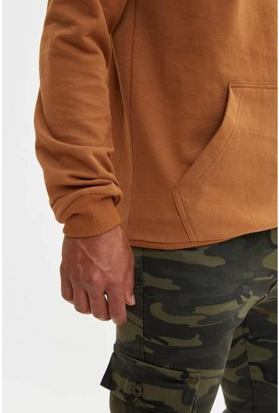 Defacto Erkek Kapüşonlu Slim Fit Sweatshirt