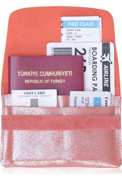Pegia Deri Yaldızlı Pasaport Cüzdanı 19CZ506