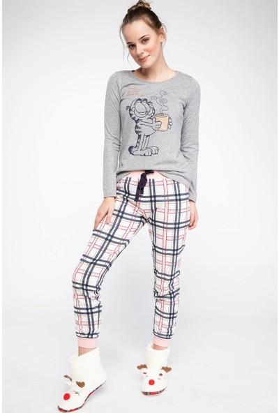 DeFacto Garfield Lisasnlı Pijama Takımı