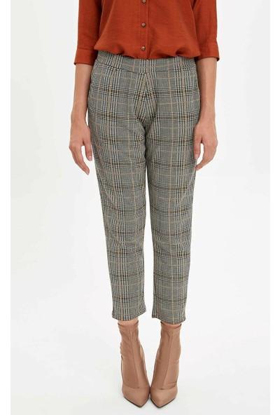 Defacto Kadın Elastik Belli Ekose Desenli Pantolon