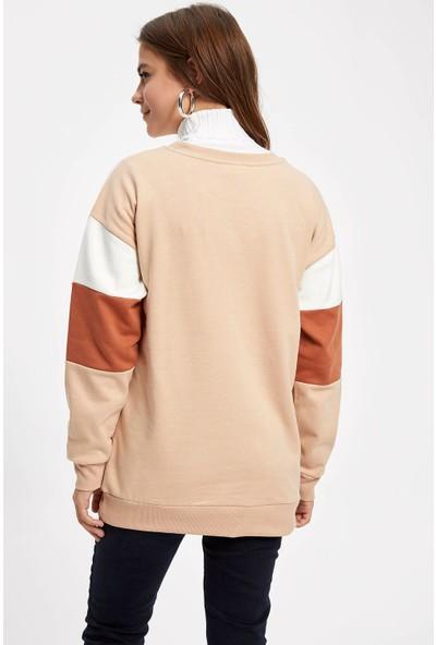 Defacto Kadın Renk Bloklu Relax Fit Sweatshirt