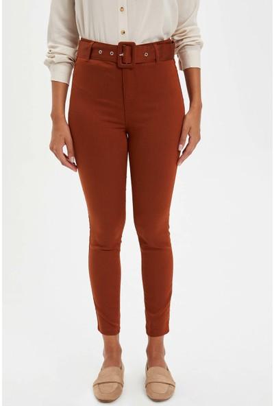 Defacto Kadın Anna Super Skinny Kemerli Pantolon
