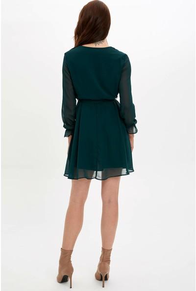 Defacto Kadın Beli Kemerli Büzgü Detaylı Uzun Kollu Elbise