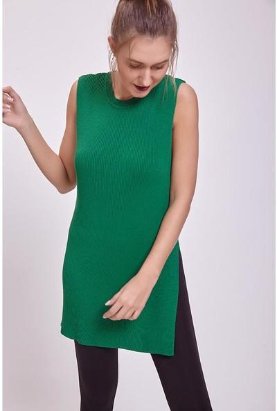 Efgima Kadın Yırtmaç Detaylı Kolsuz Triko Bluz