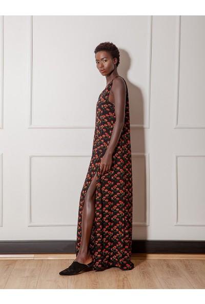 Rivus Önden Çift Yırtmaçlı Uzun V Yaka Elbise 1