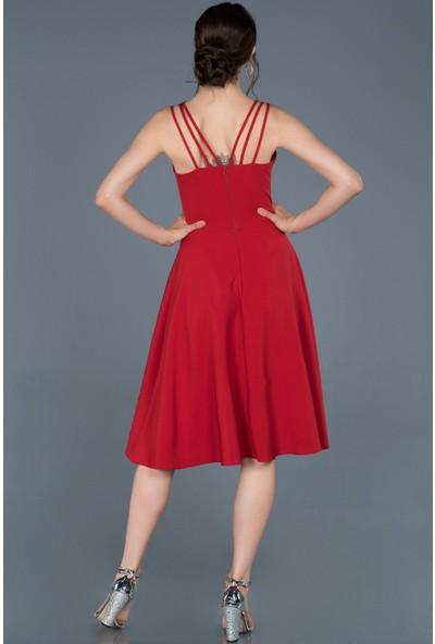 Dans Kırmızı Askılı Elbise
