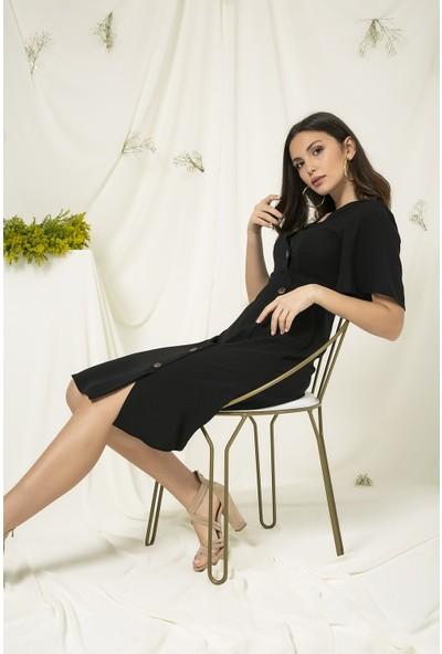 Sateen Siyah Düğme Detaylı Elbise