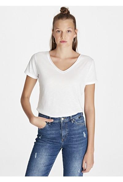 Mavi Kadın V Yaka Beyaz Basic T-Shirt