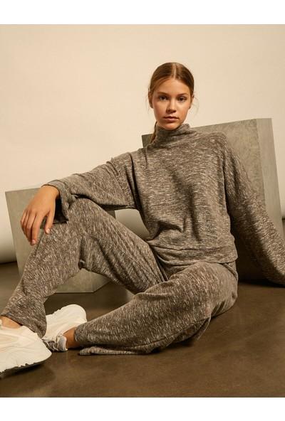 Koton Kadın Boğazlı Sweatshirt