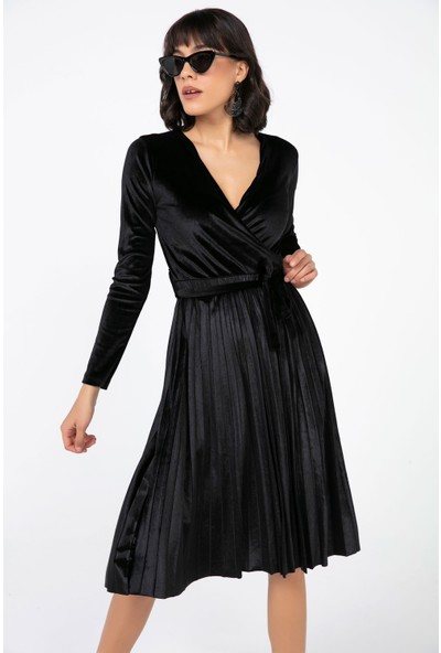 Liplipo Kadın Kruvaze Yaka Eteği Pileli Beli Kuşaklı Kadife Likra Elbise