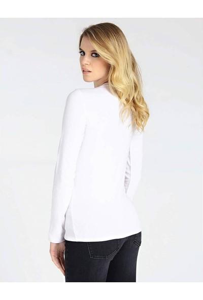 Guess W94i85K7De0 Kadın T-Shirt Beyaz