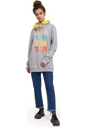 Mizalle Youth Kadın Run Baskılı Sweatshirt